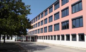 Schulhaus neu